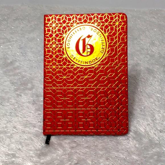 GRYFFINDOR blank Journal Harry Potter Series